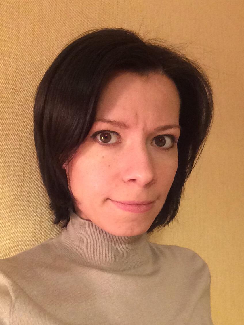 Яна Плешакова